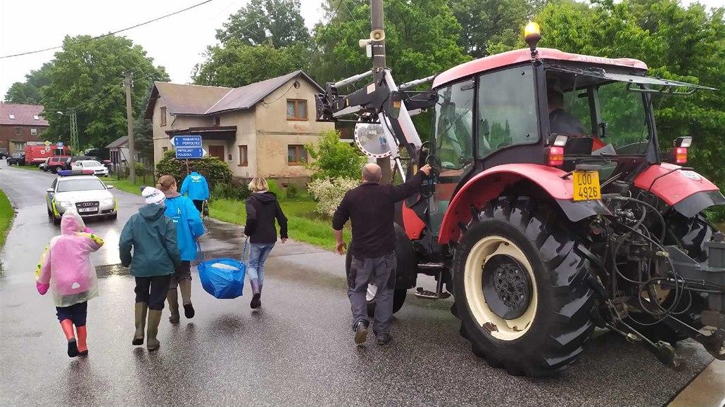 Frýdlantsko: Voda vyhání část obyvatel, kraj svolává povodňovou komisi