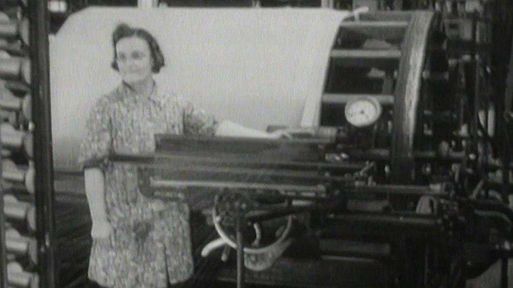 Lidovým novinám dominovaly před 100 lety zprávy o zločinu