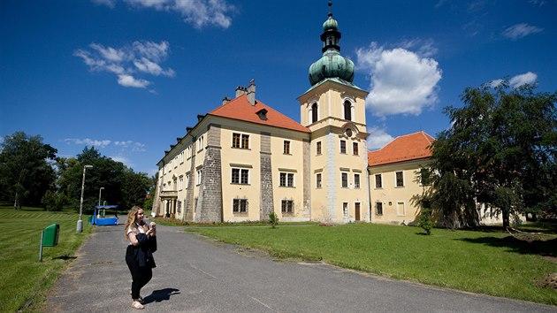 Zámek v Doksech nabízí nový prohlídkový okruh. Dějiny zámku i jeho obyvatel přiblíží pomocí moderních technologií.
