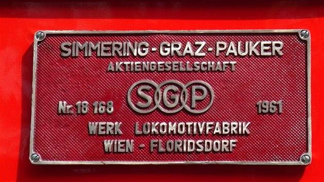 """Výrobní štítek """"Rakušanky"""", lokomotivy T426.003 z kořenovské Zubačky"""