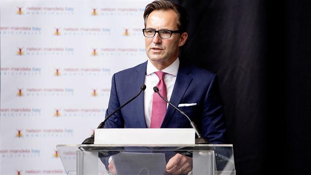 Škoda Auto má nového šéfa z Afriky, vedení firmy přebírá hned po zvolení