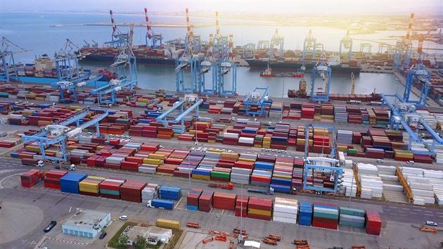 Izrael prodává přístav. Zájem čínských investorů vadí Američanům
