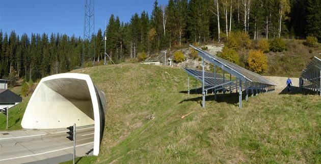 Rakušané vymýšlejí dálnici zastřešenou fotovoltaikou