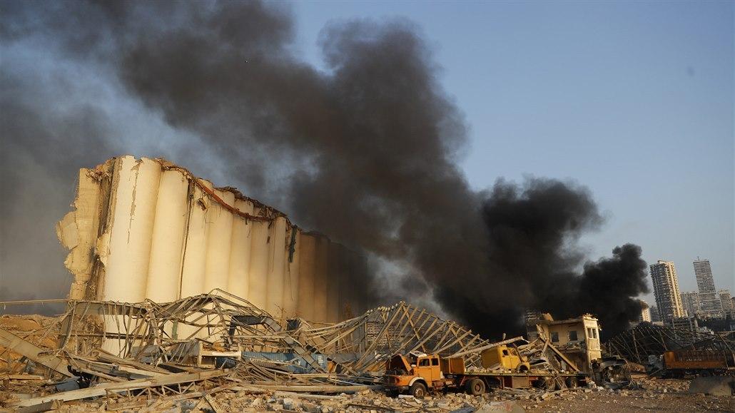 Škody v Bejrútu jdou do miliard dolarů, Libanon přišel o zásoby obilí
