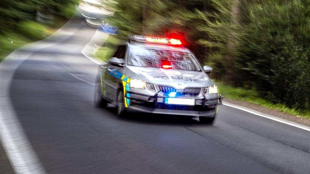 Rakušan ujížděl z domácího vězení, po honičce ho chytili na Znojemsku
