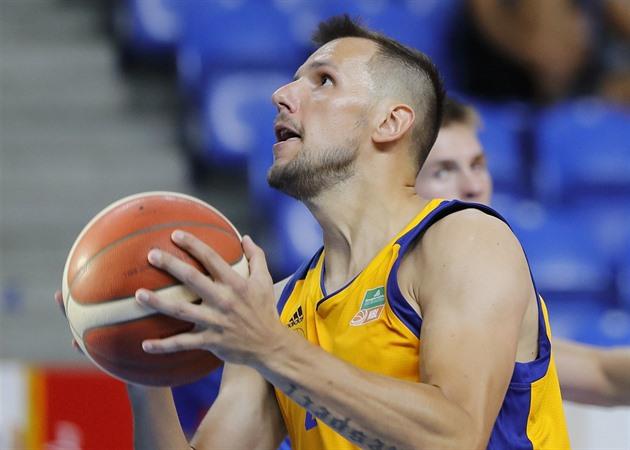 Opavští basketbalisté napodobili Nymburk a dali Svitavám 107 bodů