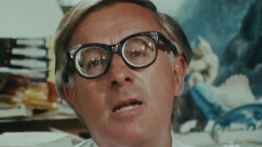 Král sci-fi Ray Bradbury odmítal počítače, bylo by mu sto let