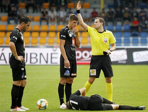 Hradečtí fotbalisté ztratili první body, s Vyšehradem jen remizovali