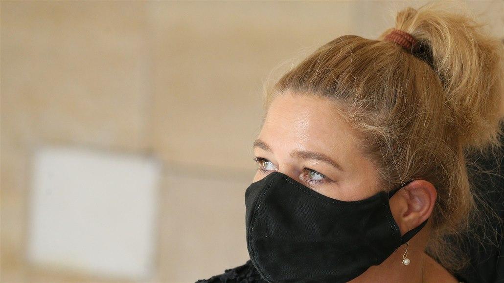 Soudkyni viněnou z řízení v opilosti budou místo v Ústí řešit v Praze