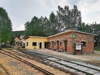 V bývalé nádražní budově v Lovečkovicích v Ústeckém kraji vzniklo Minimuzeum...