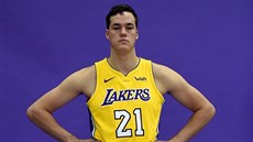 Stephen Zimmerman v dresu LA Lakers