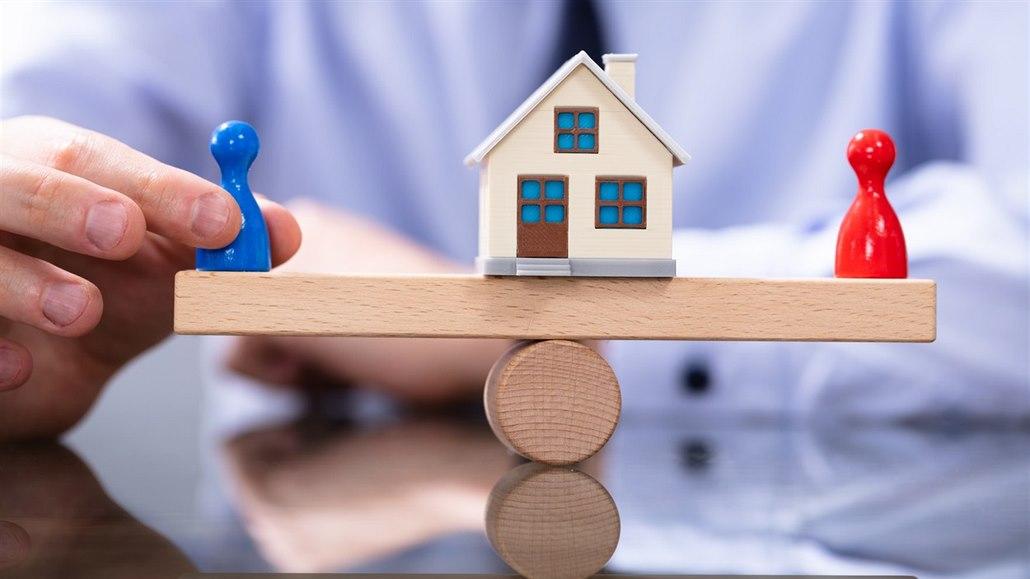 V novém životě mu brání stará hypotéka, kterou splácí jeho bývalá žena