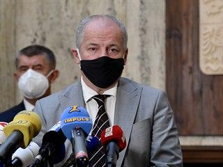 Ministr zdravotnictví Roman Prymula hovoří s novináři po svém uvedení do úřadu....