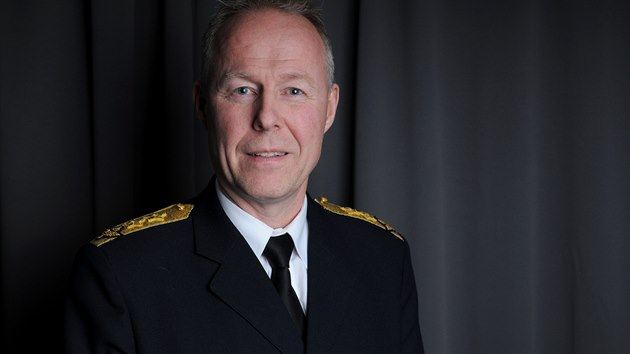 Velitel švédských vzdušných sil Carl-Johan Edström