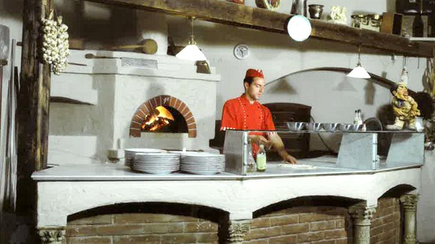 Historie restaurace Pizza Coloseum