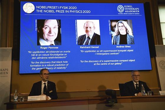 Vyhlašování Nobelových cen za fyziku pro rok 2020. Laueráti jsou přítomni pouze...