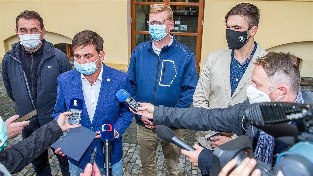 Koalice má konečně program, do hradeckého kraje napumpuje osm miliard