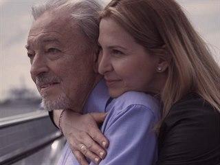 Karel Gott a Ivana Gottová ve filmu Karel (2020)