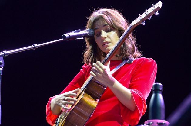 RECENZE: Katie Melua umí sestoupit do hloubky. Nejen v hudbě