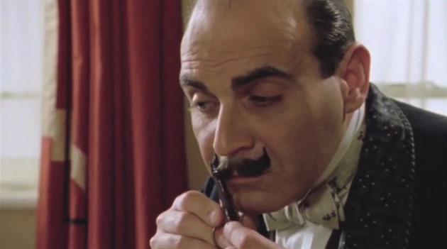 Nejsem Francouz, jsem Belgičan. Hercule Poirot slaví stovku