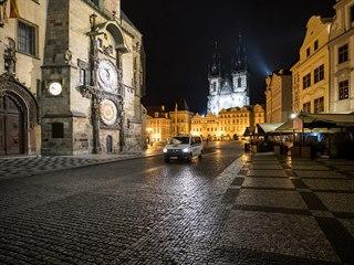 obrazem zákaz nočního vycházení Praha