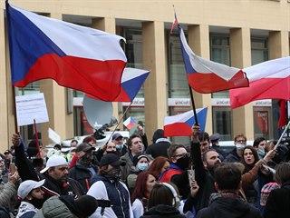 Demonstrace na pražském náměstí Republiky (28. října 2020)