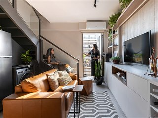 Studio Lez Arquitetura proměnilo startovací mezonet v plnohodnotný klenot. Na...