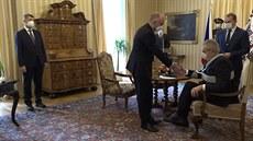Prezident Zeman jmenoval Jana Blatného novým ministrem zdravotnictví