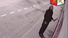 Policie na Benešovsku pátrá po žháři, který zapaluje dveře