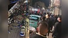 """Turečtí a ázerbájdžánští občané """"hledají Armény"""" v ulicích"""