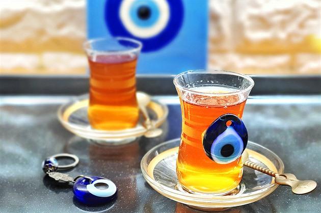Turecký amulet je v islámu zakázán. Muslimy ochrání jen Alláh, řekl úřad