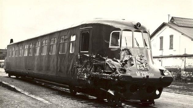 Vůz 001 neměl tolik štěstí jako jeho renovované dvojče. Po odstavení a nehodě již neexistuje.