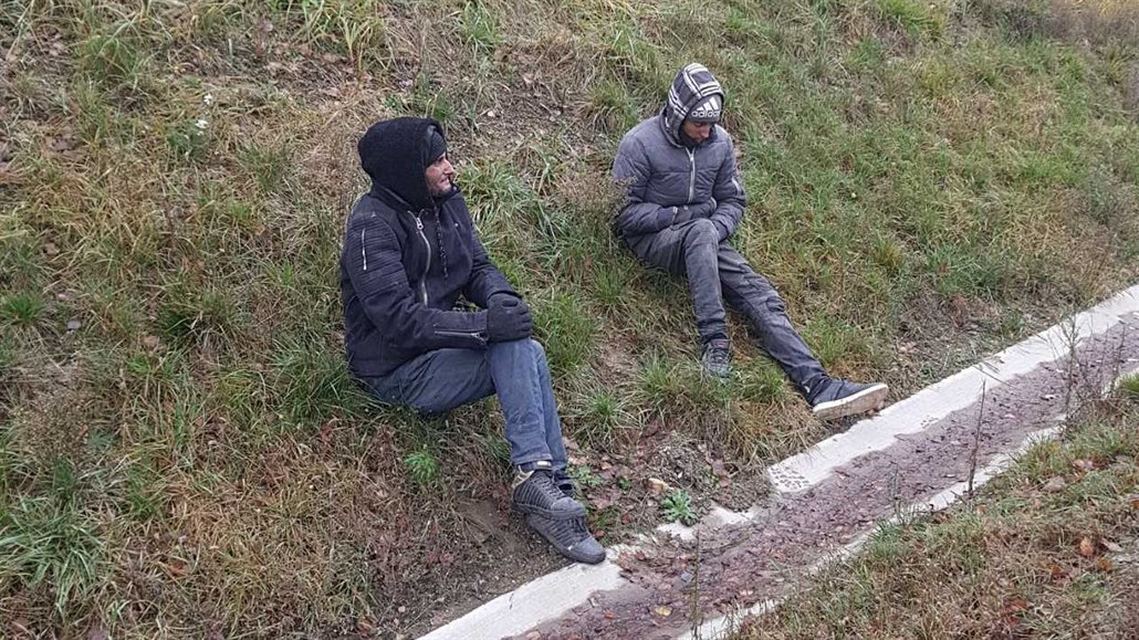 Policie chytla dva Maročany na D1. Přijeli v návěsu zahraničního kamionu