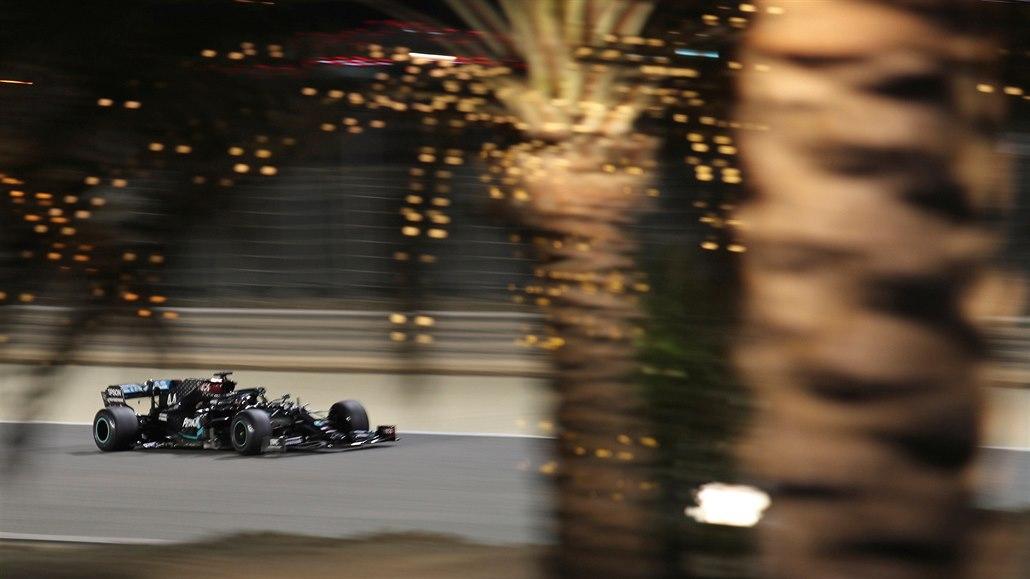 Bez Hamiltona a Grosjeana, zato s Fittipaldim, F1 čeká druhý závod v Bahrajnu