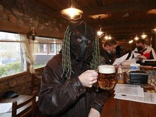 Restaurace Šeberák přivítala hosty navzdory vládním opatřením. (26. listopadu...