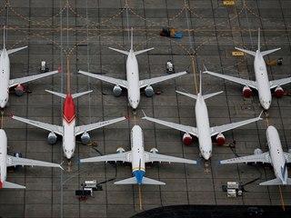 Uzemněné letouny 737 MAX na mezinárodním letišti Grand County nedaleko města...