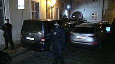 Policie v centru Prahy rozháněla nelegální párty
