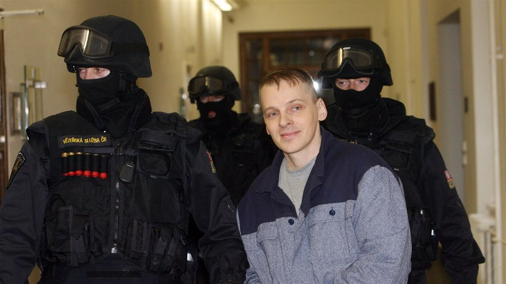Muž odsouzený za vraždu dosáhl po zásahu ze Štrasburku nového procesu