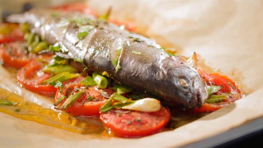 Zbyl vám kousek pečené ryby? S Pohlreichem uděláte za pár minut pomazánku