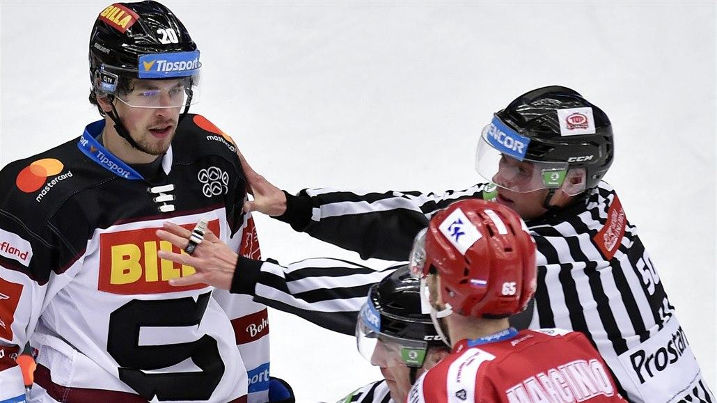 ONLINE: Sparta prohrála. Plzeň uspěla v Liberci, Kometa nestíhá v Hradci