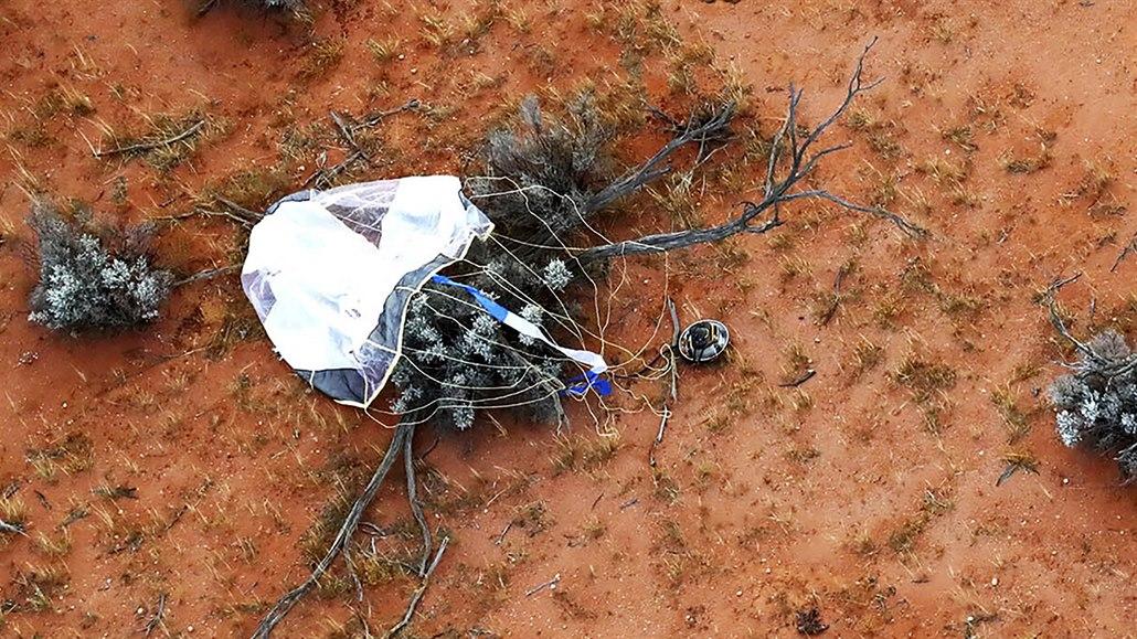 Japonsko si v australské poušti vyzvedlo mimozemský vzorek