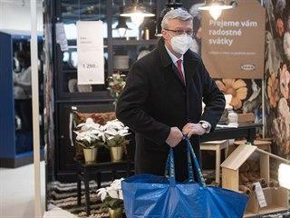Ministr dopravy a průmyslu Karel Havlíček navštívil obchodní dům IKEA na...