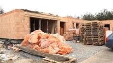 Zeman pokročil se stavbou svého bungalovu