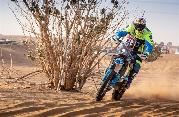Český motocyklista Martin Michek během Rallye Dakar