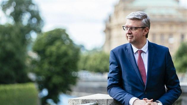 Vláda projedná přesun do stupně 4 systému PES, Havlíček to podpoří