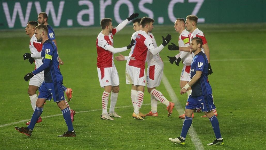 Slavia otáčela, Slovácko je čtvrté. Kouč Jarolím na úspěch stále čeká