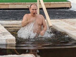 Ruský prezident Vladimir Putin podstoupil tradiční rituál pravoslavných...