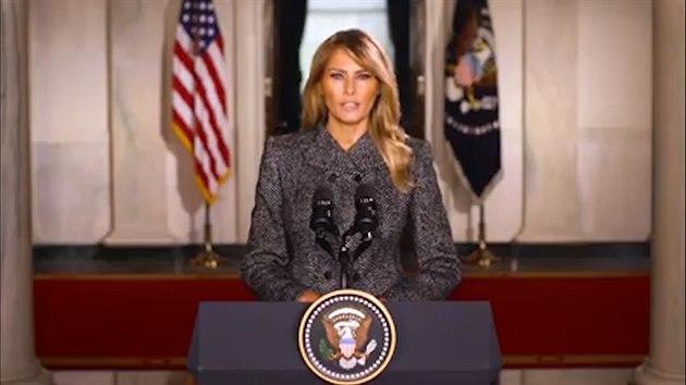 Inspirovaly mě příběhy Američanů, loučí se Melania Trumpová v projevu