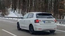 První záběry: Škoda testuje novou Fabii v provozu