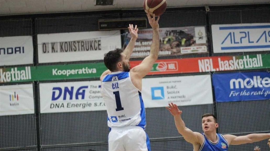 Drtivý nástup a basketbalový Kolín slaví páté vítězství v řadě